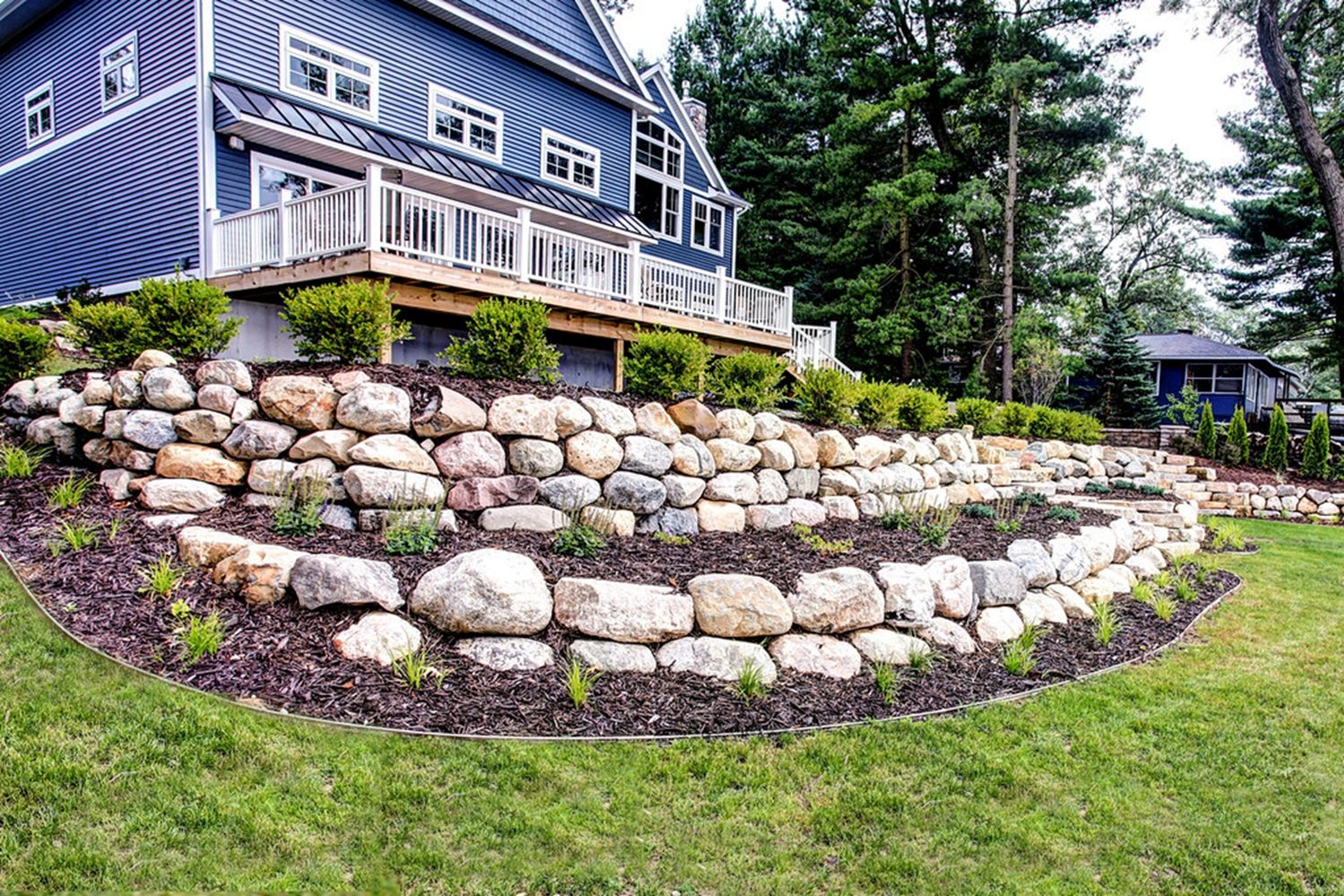 Landscapers in West Michigan - ProMowLandscaping.com