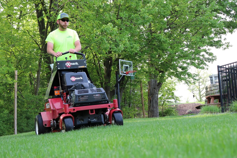 Professional Lawn Mowing Grand Rapids MI - ProMowLandscape.com